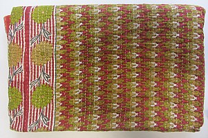 KA Kantha throw flowers red and gree